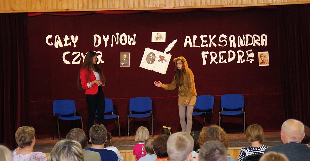 Cały Dynów czyta Aleksandra Fredrę